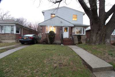 Fresh Meadows Single Family Home For Sale: 166-07 69 Ave