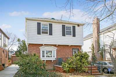 Fresh Meadows Single Family Home For Sale: 75-20 178 St