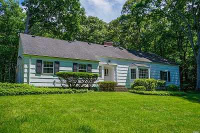 Head Of Harbor Single Family Home For Sale: 2 Oak Ridge Rd
