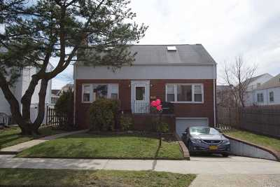 Long Beach NY Single Family Home For Sale: $649,000