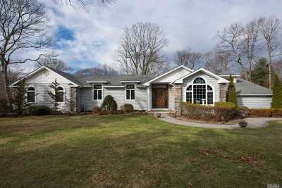 Smithtown Single Family Home For Sale: 30 Stony Hill Path
