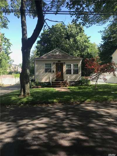 W. Babylon Single Family Home For Sale: 1517 13th St