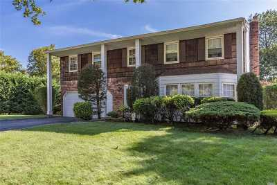 Greenlawn Single Family Home For Sale: 14 Colony Ct