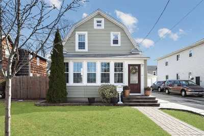 Mineola Single Family Home For Sale: 221 Cleveland Ave
