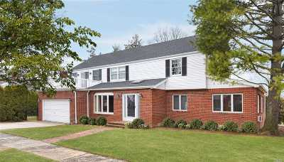 Single Family Home For Sale: 1 Alden Rd