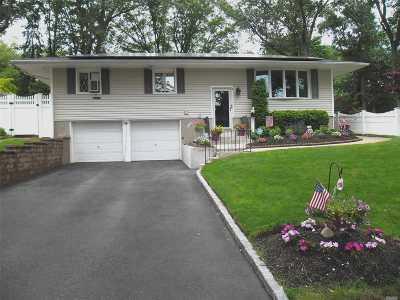 Kings Park Single Family Home For Sale: 1 Ellen Pl