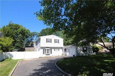 Nesconset Single Family Home For Sale: 126 Shenandoah Blvd