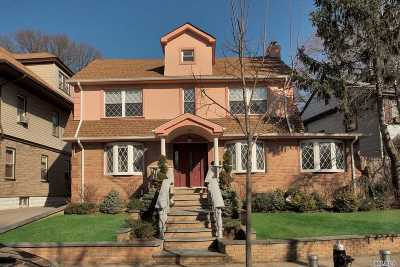 Briarwood Single Family Home For Sale: 85-31 152nd St