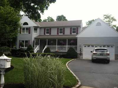 Setauket Single Family Home For Sale: 173 Gnarled Hollow Rd