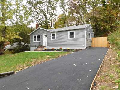 Sound Beach Single Family Home For Sale: 11 Seaford Rd