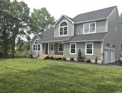 East Moriches Single Family Home For Sale: 24 Tuthill Point Rd