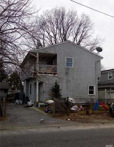 Huntington Single Family Home For Sale: 20 W 19th St