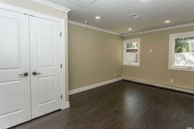 Smithtown Multi Family Home For Sale: Hurtin