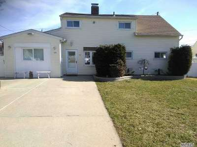 Levittown Single Family Home For Sale: 98 Bloomingdale Rd