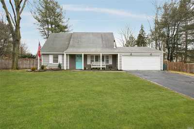 Stony Brook Single Family Home For Sale: 18 Millbrook Dr
