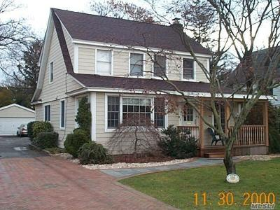 Woodmere Single Family Home For Sale: 995 E Prospect St