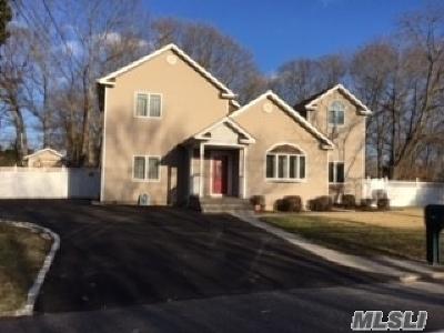 Pt.jefferson Sta Single Family Home For Sale: 619 Jayne Blvd