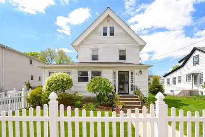 Woodmere Single Family Home For Sale: 41 Centre St
