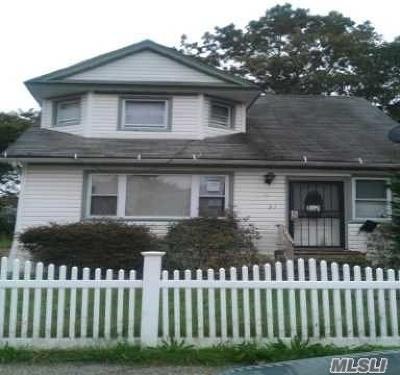 Roosevelt Single Family Home For Sale: 51 Henry St