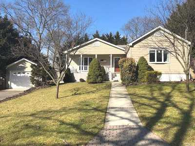 Ronkonkoma Single Family Home For Sale: 227 Ontario St