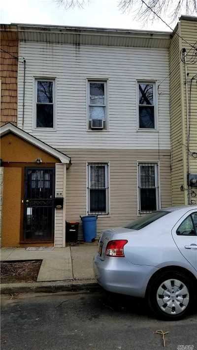 Ozone Park Single Family Home For Sale: 81 32 102nd Rd