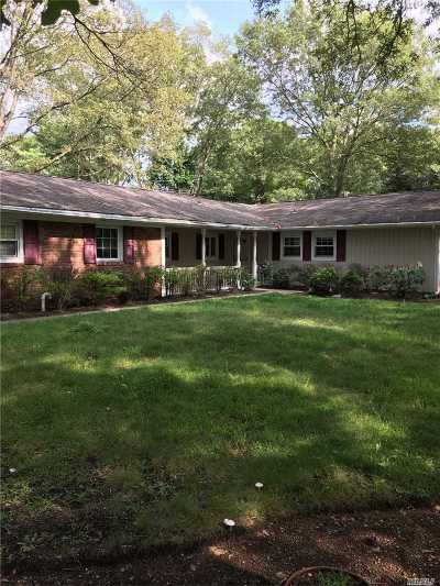 Stony Brook Single Family Home For Sale: 39 Stratton Ln