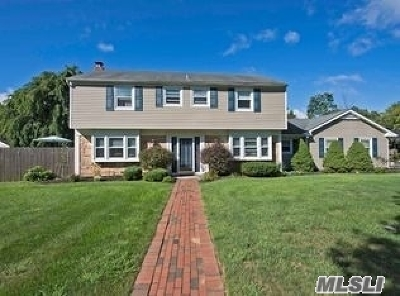 Stony Brook Single Family Home For Sale: 26 Orbit Dr