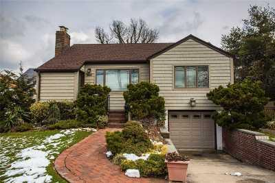 Oceanside Single Family Home For Sale: 3357 Woodward St