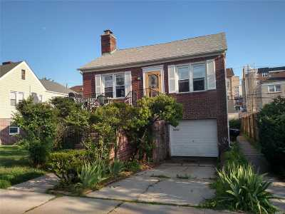 Long Beach NY Single Family Home For Sale: $668,000