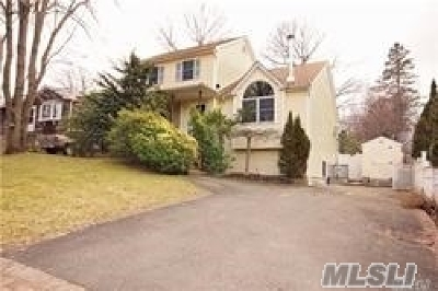 Sound Beach Single Family Home For Sale: 18 Greenvale Rd