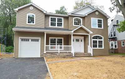 Hewlett Single Family Home For Sale: 1383 Noel