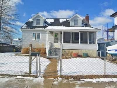 Oceanside Single Family Home For Sale: 3380 Gintell St