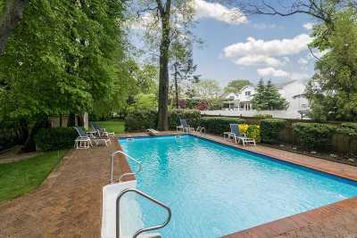 Merrick Single Family Home For Sale: 2629 Merrick Ave