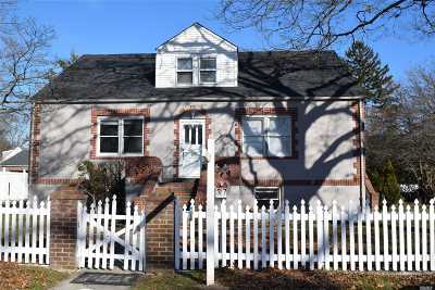 Islip Rental For Rent: 37 Freeman Ave