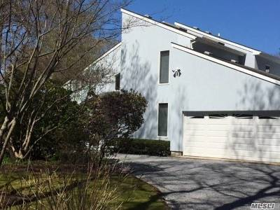 Quogue Single Family Home For Sale: 7 Midhampton Ct