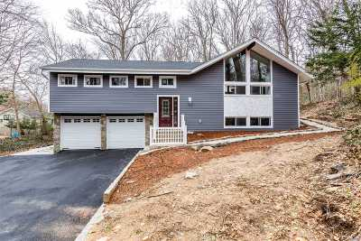Centerport Single Family Home For Sale: 61 Bankside Dr