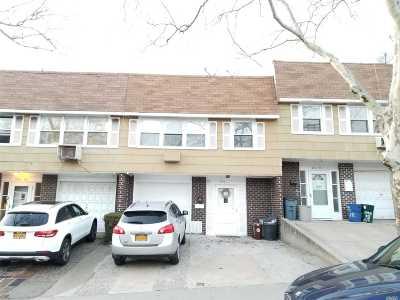 Douglaston Condo/Townhouse For Sale: 240-11 68 Ave #6