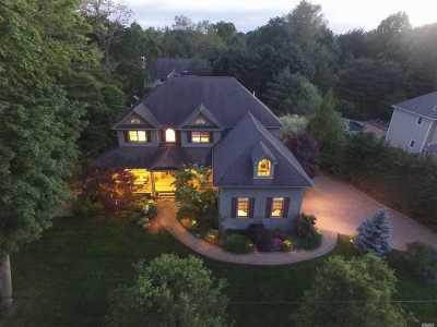 Huntington Single Family Home For Sale: 187 Huntington Bay Rd