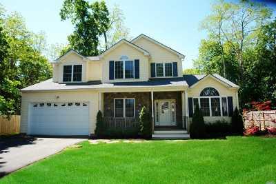 Kings Park Single Family Home For Sale: 270 Pulaski Rd