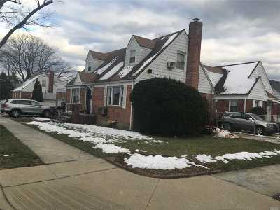 Bellerose, Glen Oaks Single Family Home For Sale: 247-06 81 Ave