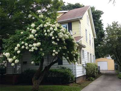 Little Neck Single Family Home For Sale: 250-28 42nd Ave