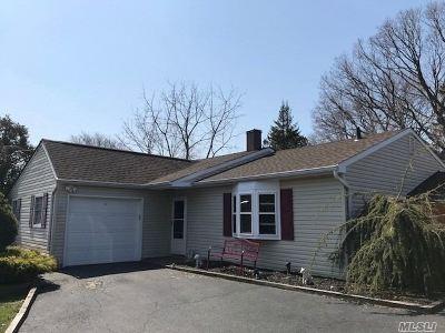 Selden Single Family Home For Sale: 48 Charter Rd