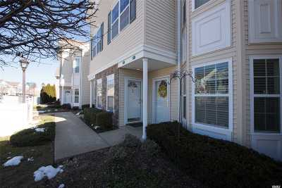 East Meadow Condo/Townhouse For Sale: 393 Spring Dr