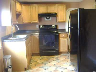 Huntington Rental For Rent: 38 3rd Ave