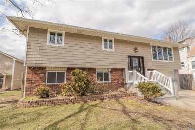Bellmore Single Family Home For Sale: 2280 Lakeview Rd