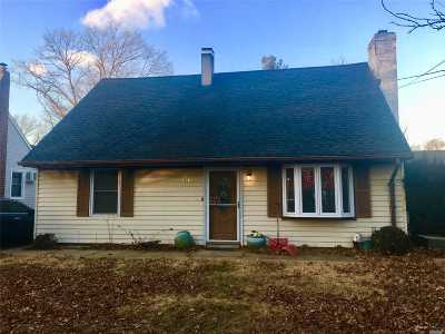 Single Family Home For Sale: 136 Sherman Ave