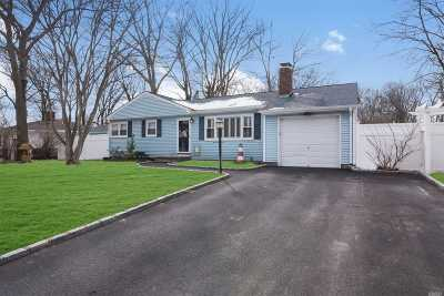 Single Family Home For Sale: 74 Belle Terre Ave