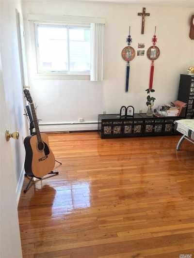 Brooklyn Single Family Home For Sale: 2588 Gerritsen