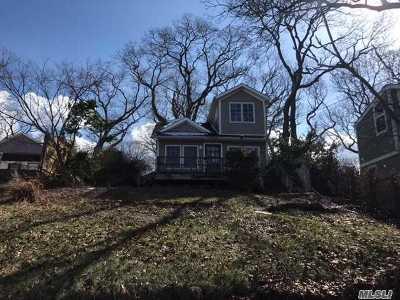 Sound Beach Single Family Home For Sale: 138 Shore Dr