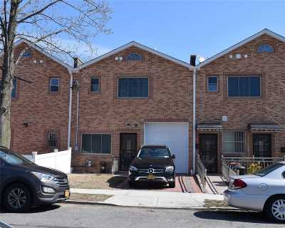 Fresh Meadows Single Family Home For Sale: 75-05 166th St